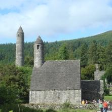 Glendalough_monastery